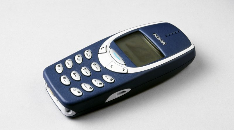 Guys, Nokia is bringing back the Nokia 3310 this month